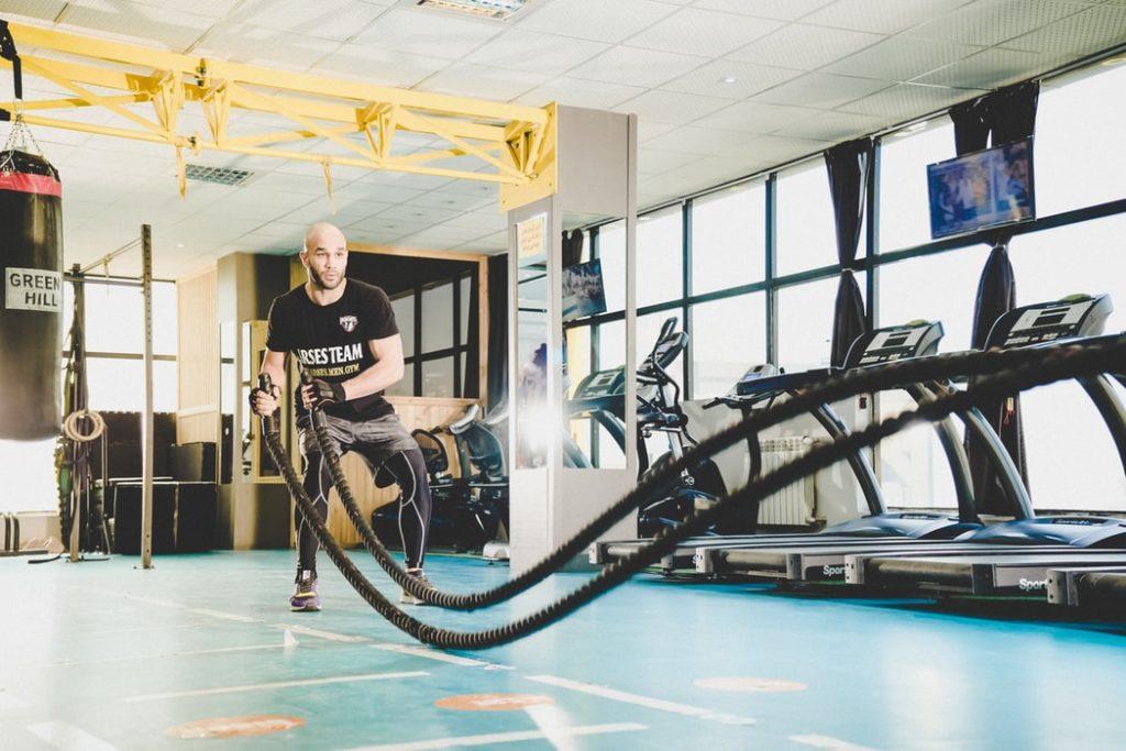 Le Crossfit et entraînement à haute intensité